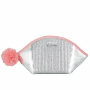 🍍Benefit Silver Roller Liner Dome Makeup Bag Pink